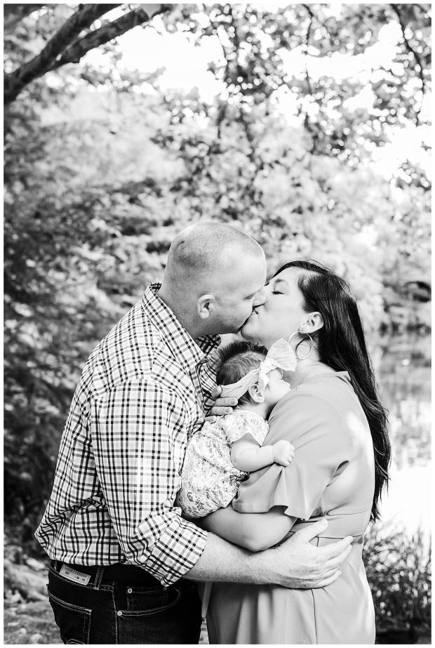 View More: https://cupcakesphoto.pass.us/johnsonfamily2019